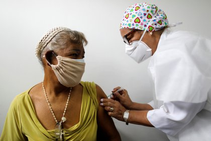 Vaccines that have already arrived in Venezuela can vaccinate more than 1% of the population (REUTERS / Leonardo Fernandez viloria)