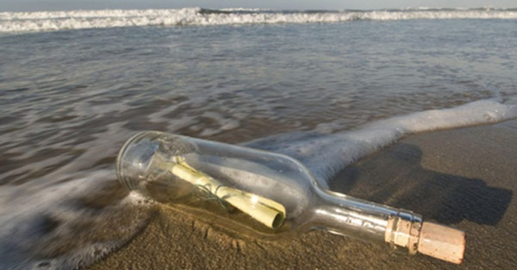 """They discover a """"bottle message"""" that existed 30 years ago"""