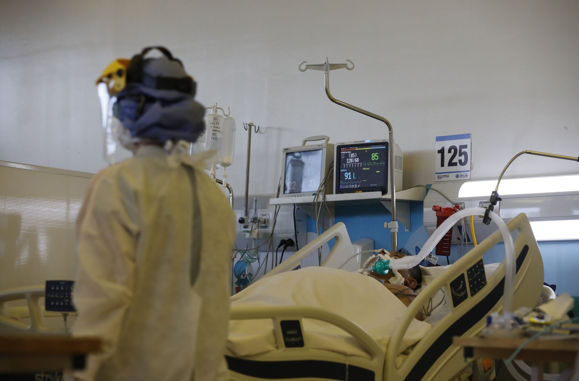 In the province of Buenos Aires, respiratory care is critical with an increased oxygen consumption of 330%.