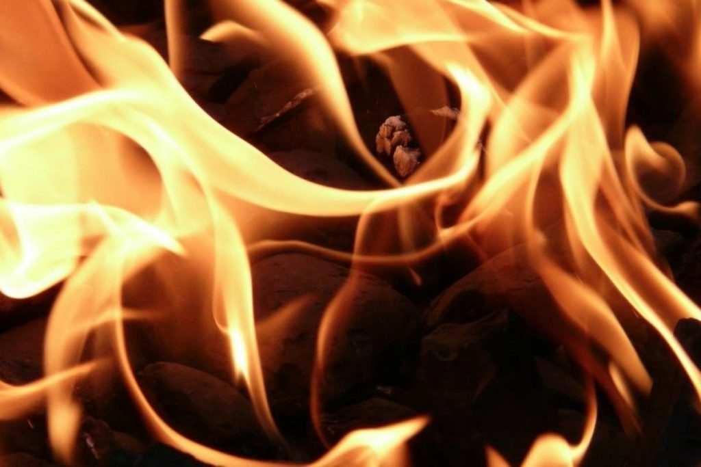 A fire breaks out in a hospital for Covid-19 patients in Iraq