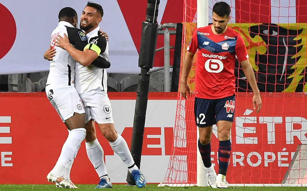 Do you remember Andy Delorte?  Well, that boss upset Lille in the French league