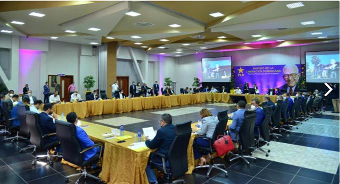 Comité Político PLD se reúne para abordar aspiraciones a puestos internos