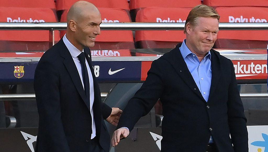 Ronald Koeman, felicitando a Zidane tras el Clásico entre el Barça y Madrid