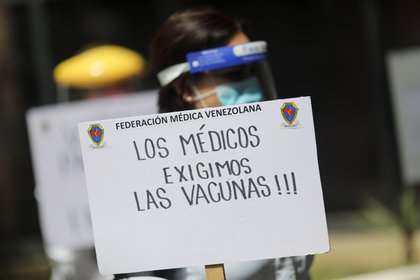 Venezuelans worried about lack of vaccines against corona virus (REUTERS / Manaure Quintero)