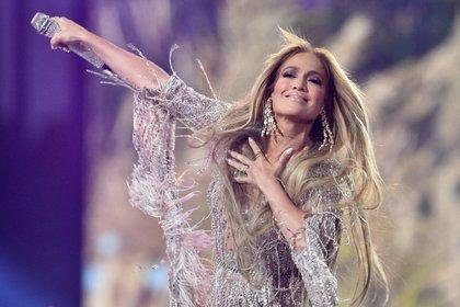 "Jennifer Lopez on stage in ""Live Fax"" (AFP)"