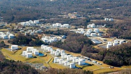 Storage tanks in Charlotte, North Carolina (Reuters)