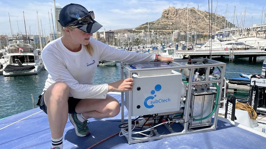 Sailors in the service of science to combat climate change
