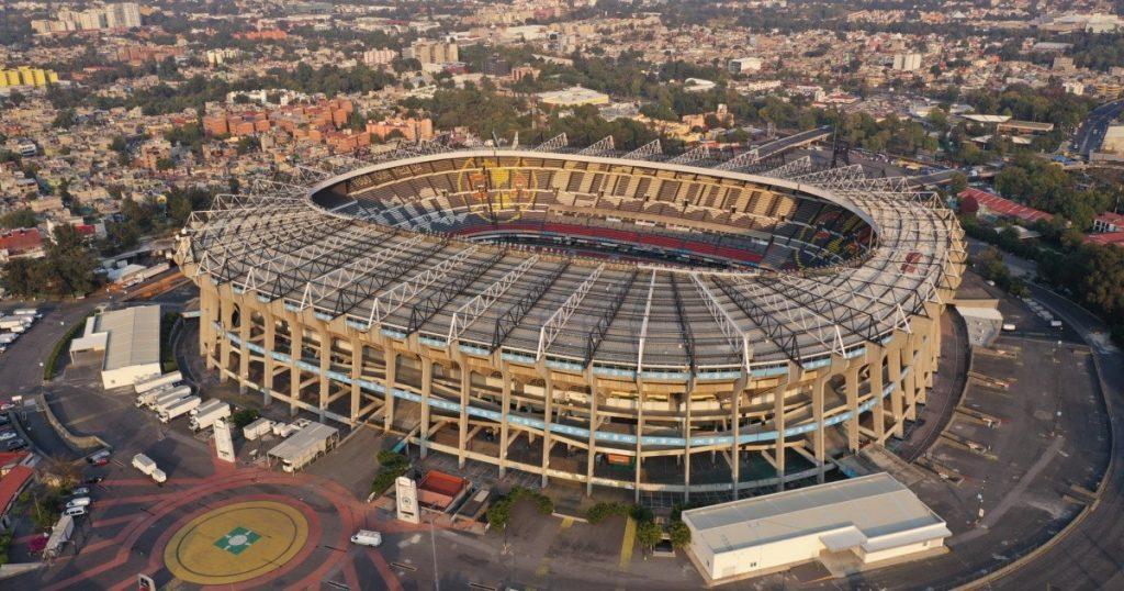 Azteca Stadium worth 20 million pesos, the next drawing of the National Lottery.  |  Algebraic