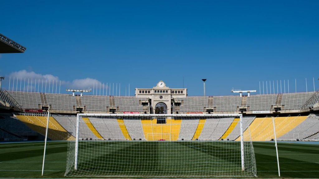 Barcelona begins negotiations to play temporarily at the Montjuic Stadium