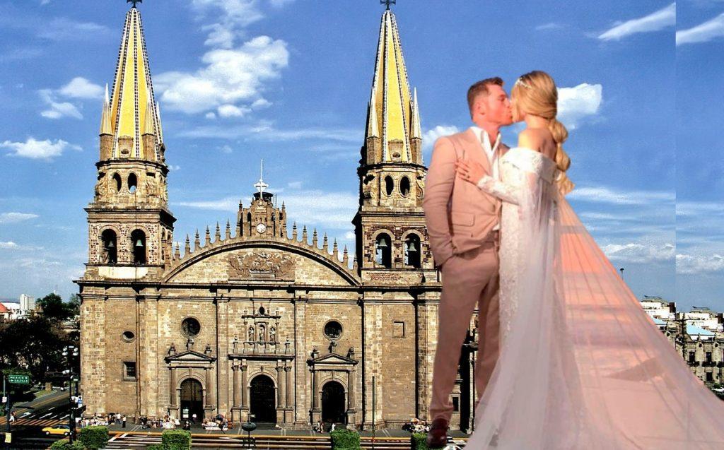 Canelo Alvarez and Fernanda Gomez marry at Guadalajara Cathedral