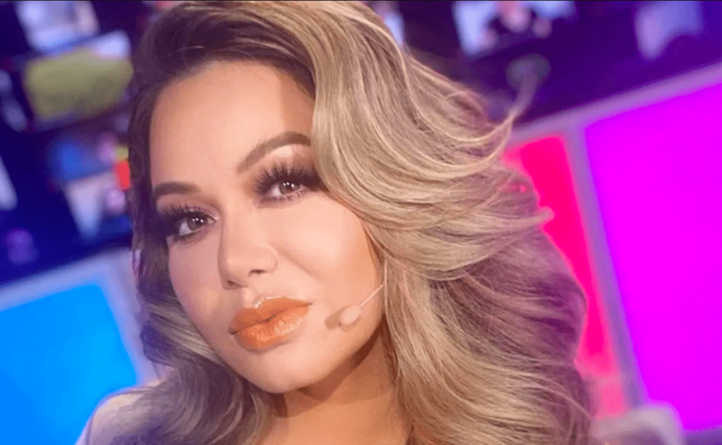 Chiquis Rivera moves his bokeh like never before and shows his personality