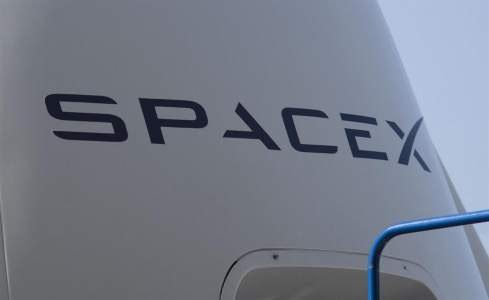 Elon Musk launches 52 Starlink satellites for the global Internet
