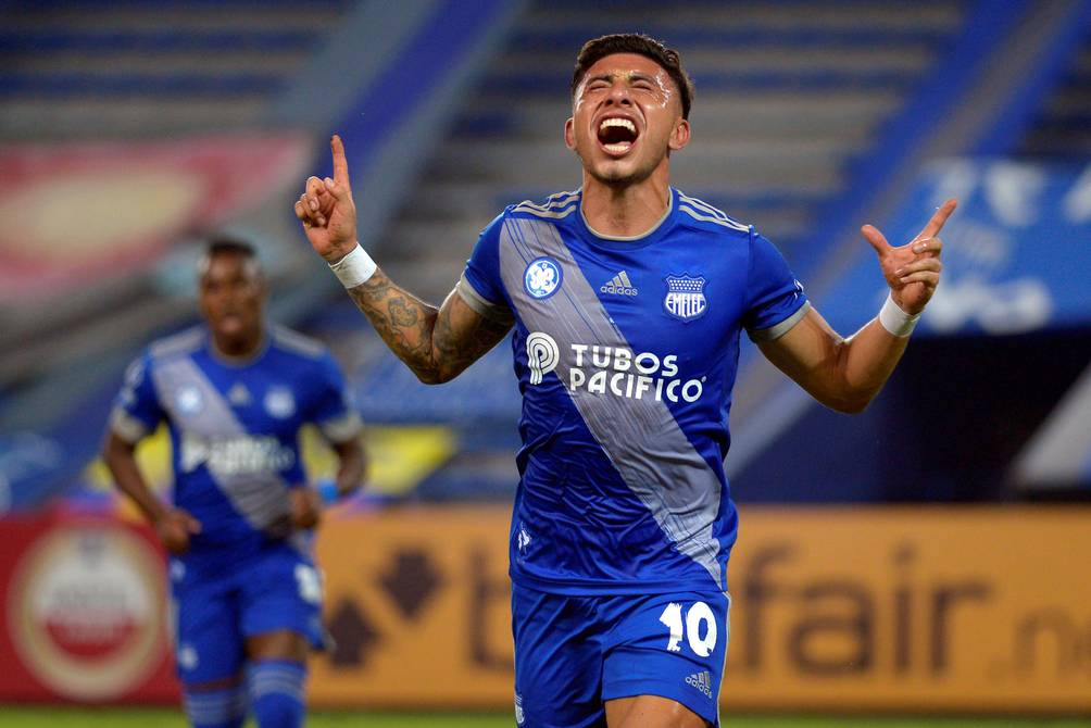 Emelec is one step away from the Copa Sudamericana's last 16, after beating Deportes Tolima 2-0    Football  Sports