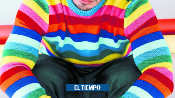 J Balvin is caught peeing on the streets of US - People - Culture