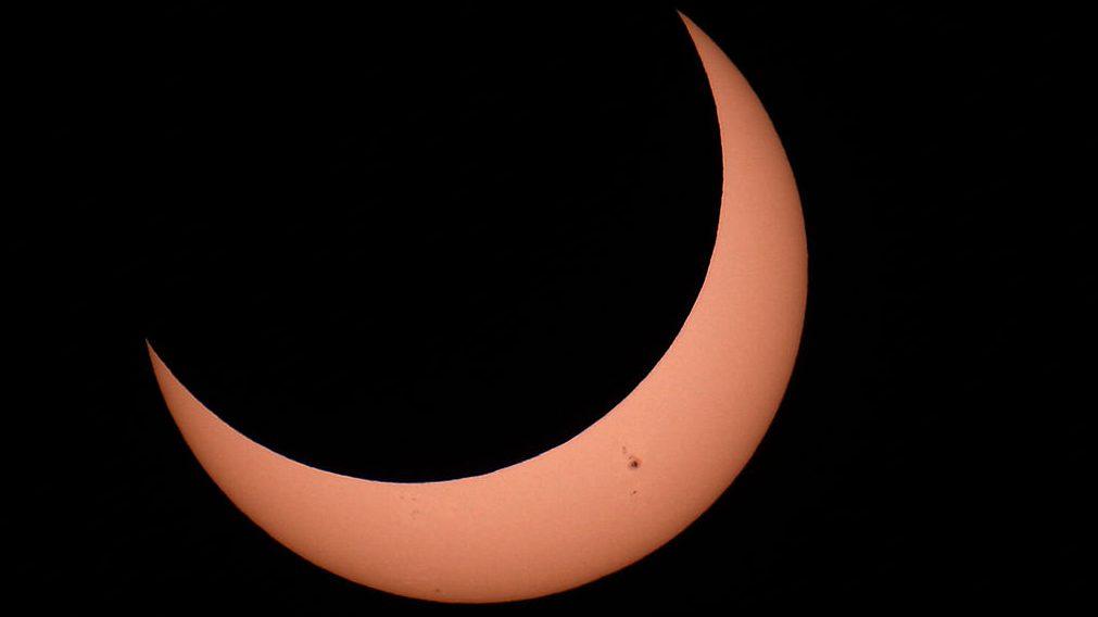 Solstice, solar eclipses and spacewalks
