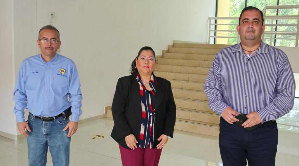 The teachers of the Department of Economic Administration Sciences at Tec de Colima obtain ANFECA - Va de Nuez News certification