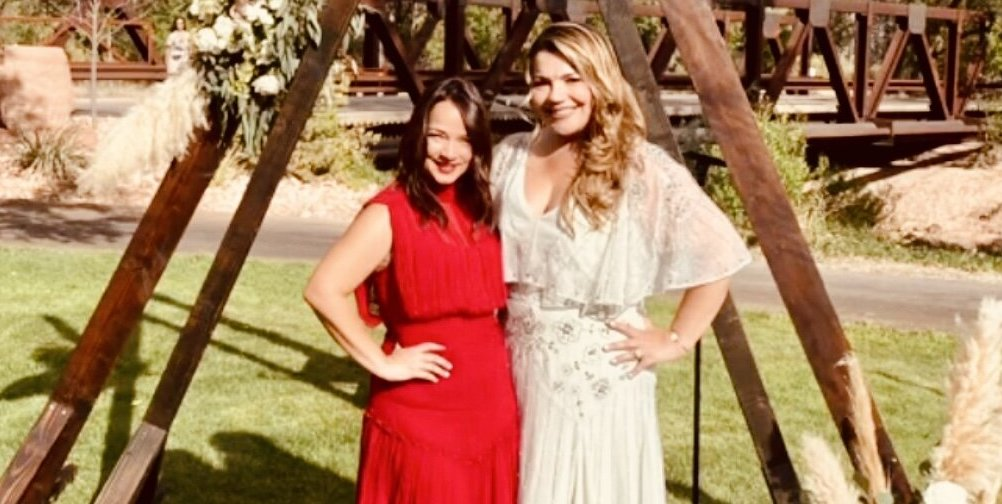 Adamari Lopez looked radiant and red at a beautiful wedding after their separation