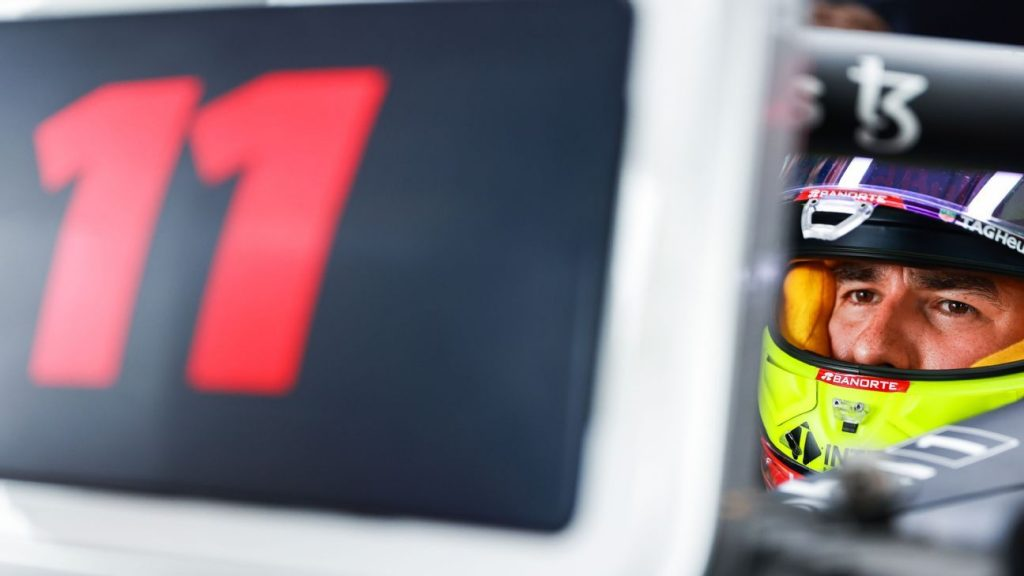 """Checo Pérez accepts failure to qualify.  """"We managed to stay 1-2"""""""