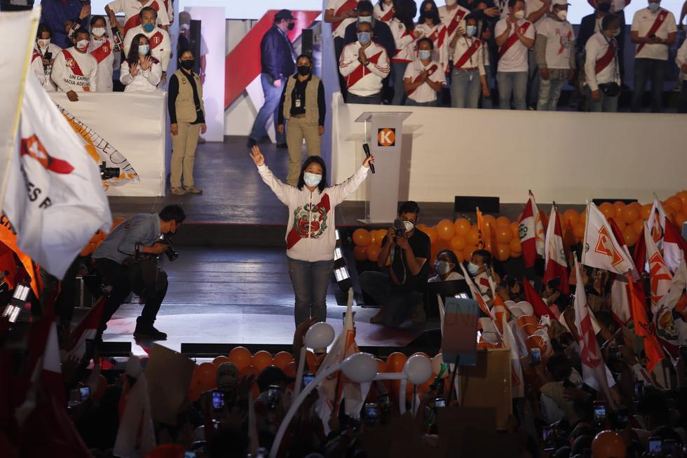 Fuerza Popular presidential candidate Keiko Fujimori concluded her campaign with a demonstration at Villa El Salvador (Photo: Hugo Pérez/@photo.gec))