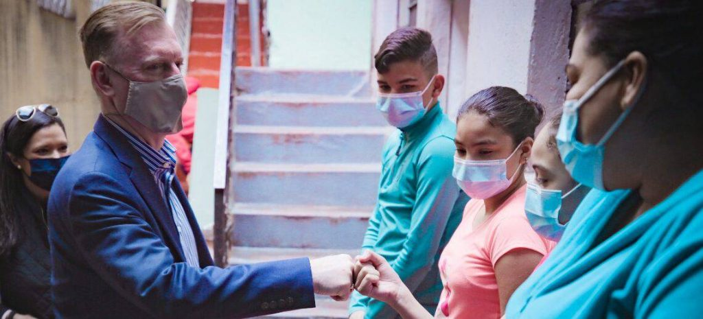 US Announces $25 Million in Humanitarian Aid to Ecuador for Venezuelan Migrants and Refugees    Politics    News