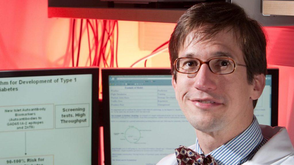 Venezuelan scientist Santiago Schnell will direct the Notre Dame School of Sciences