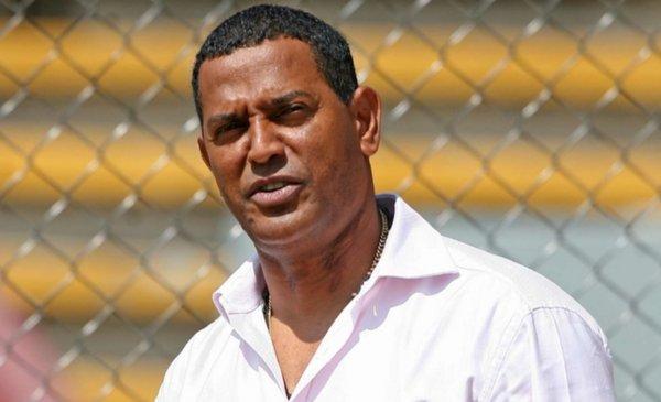 Azulcrema legend Antonio Carlos Santos explodes against Miguel Herrera ahead of America against Tigres