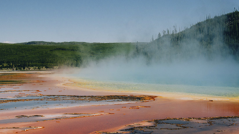 Yellowstone hides one of the keys to understanding the origins of life on Earth