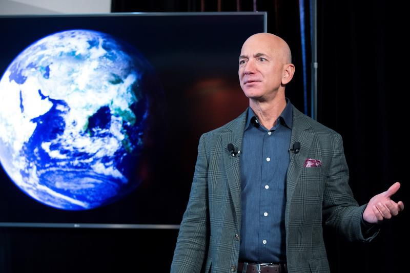 Bezos says Branson's flight isn't high enough to be a spacecraft