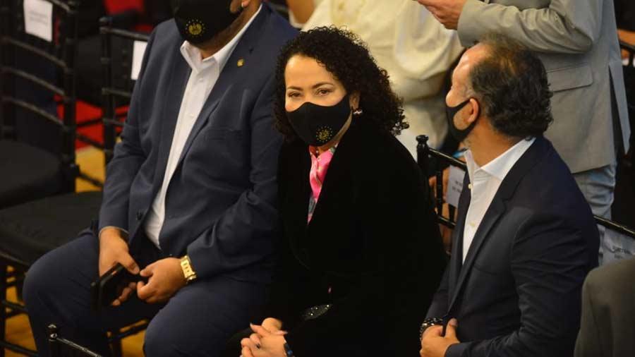 Conan Castro, Carolina Resinos, Walter Arazzo and Pablo Unligar are on the angel list of corrupt officials