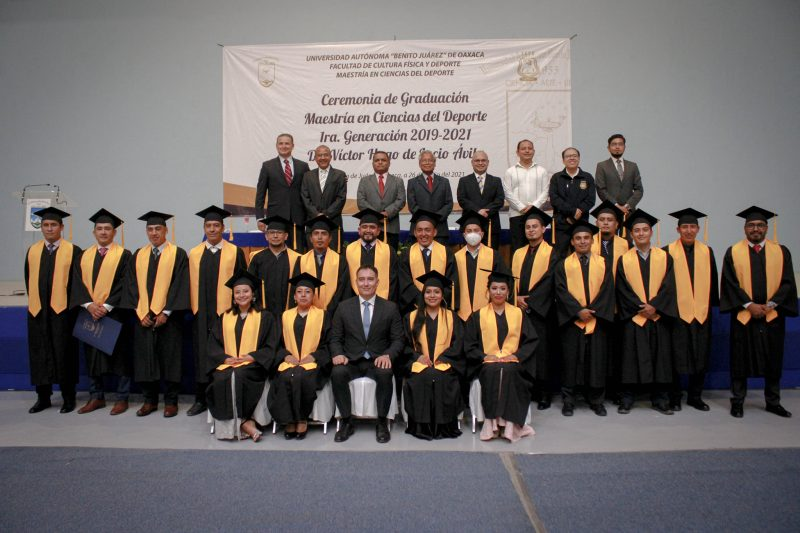 First generation of Masters in Sports Science graduates of UABJO - NSS Oaxaca