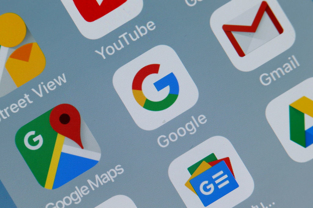 Google removes apps that stole Facebook passwords