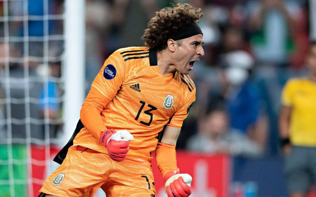 Memo Ochoa explodes against Concacaf after Chucky is injured إصابة