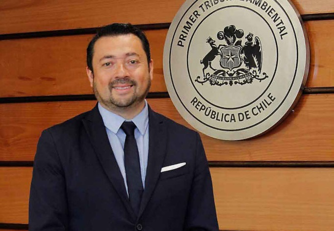 Asesor en ciencias del Primer Tribunal Ambiental asume como ministro en Segundo Tribunal Ambiental