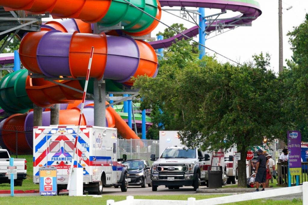 Texas: Chemical spill affects dozens of people in water park
