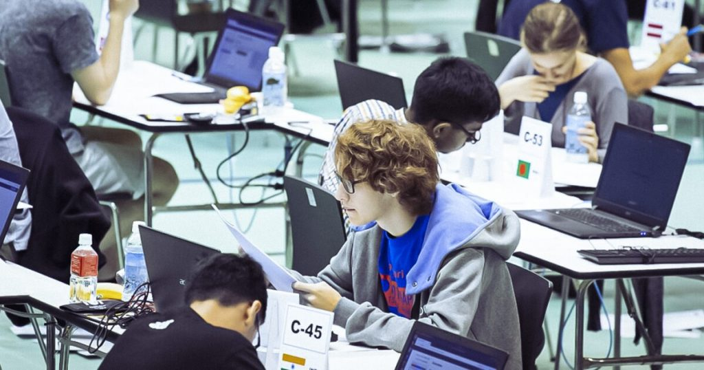 The Mexican Olympiad in Informatics closes the knowledge gap in the country