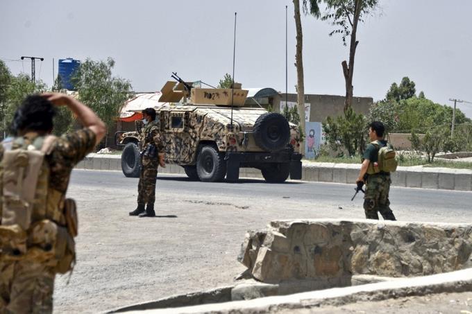 """El Pentágono admite """"deterioro"""" de seguridad en Afganistán por avance talibán"""