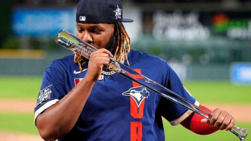 Vladimir Guerrero Jr. is the eighth Dominican to win the MLB All-Star Game Player of the Year award