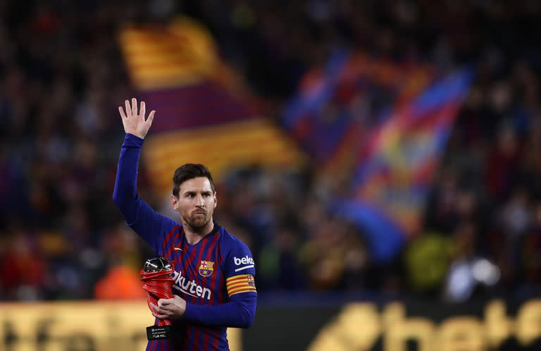 Lionel Messi in a Barcelona souvenir shirt;  The image that really hurt Catalan fans