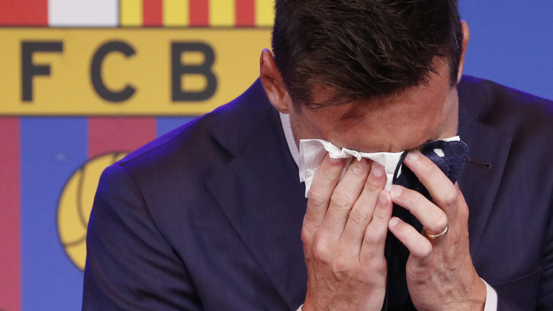 Video: Lionel Messi can't hold back his tears during the press conference for his departure from Barcelona