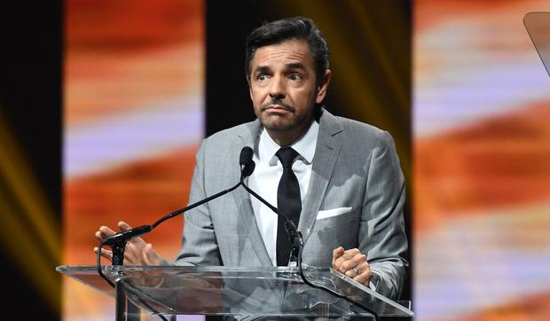 As Eugenio Derbez, winner of the International Achievement Award in Comedy, speaks on stage at the CinemaCon Big Screen Achievement Awards in March 2017 in Las Vegas.  (Photo: Angela Weiss/AFP)