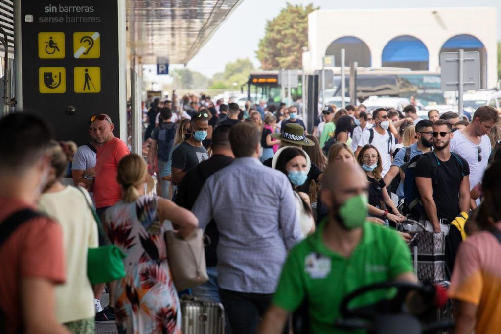 EU removes US from list of safe destinations due to increase in coronavirus cases |  Community