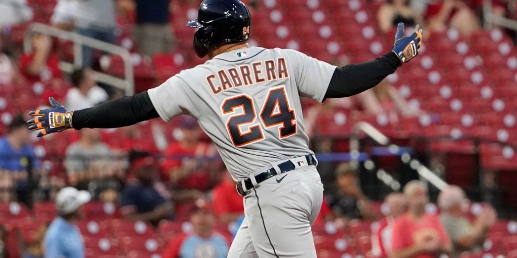 Miguel hits on HR 501;  tigers prevail