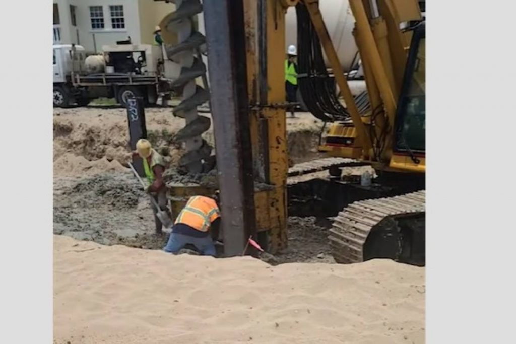 Planning board orders halt to swimming pool construction on Rincon Beach