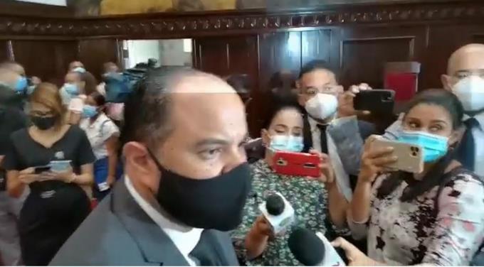 Defensor del Pueblo dice Adán Cáceres solo pide frutas y más tiempo con sus abogados