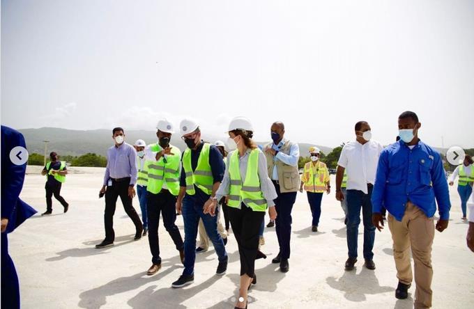 Vicepresidente destaca el potencial puerto de Barahona