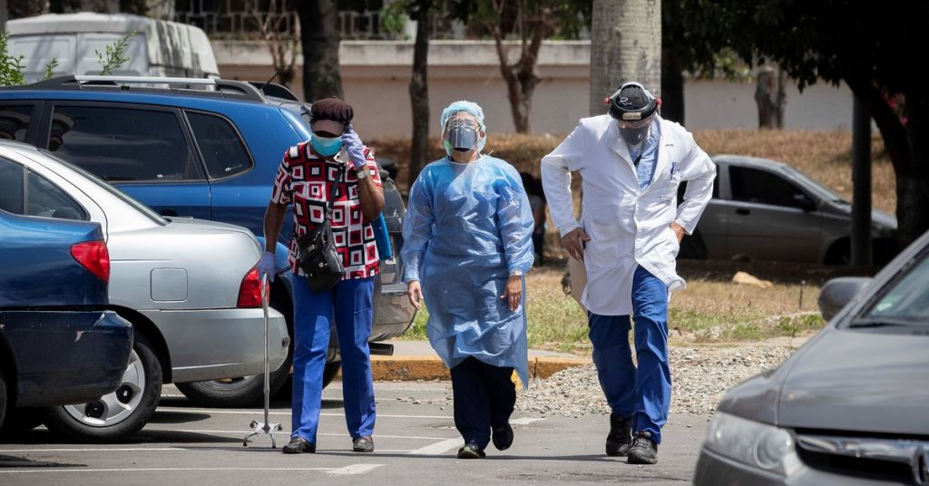 Unidos doctors demand declaration of national emergency in light of delta variant of COVID-19 in six states in Venezuela