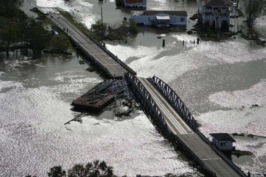 Man disappears after crocodiles tear Ida's hand after Ida's whipping in Louisiana