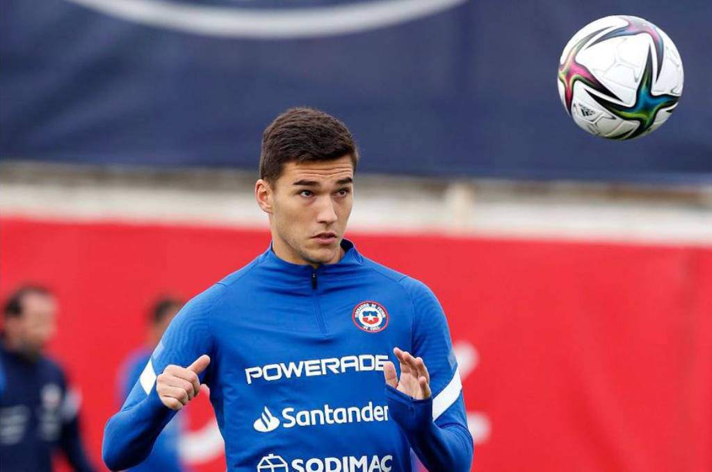 Papillon: Soccer player leaves Chile focus under pressure to represent the United States - Diez