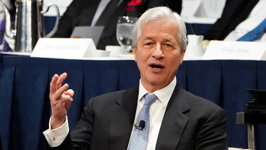 """JPMorgan CEO: """"If you ask for a loan to buy bitcoin, you are an idiot"""""""