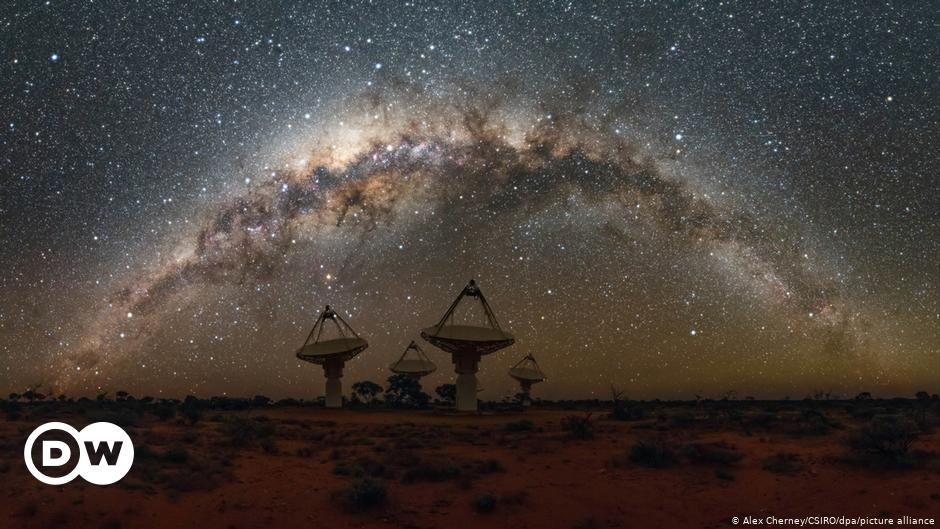 Astronomers detect unknown radio signals from the center of the Milky Way |  Science and Ecology |  DW